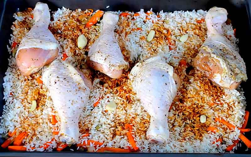 Куриные ножки с рисом на сковороде - 11 пошаговых фото в рецепте