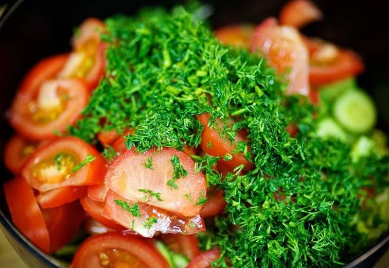 Бурые помидоры: 8 рецептов на зиму
