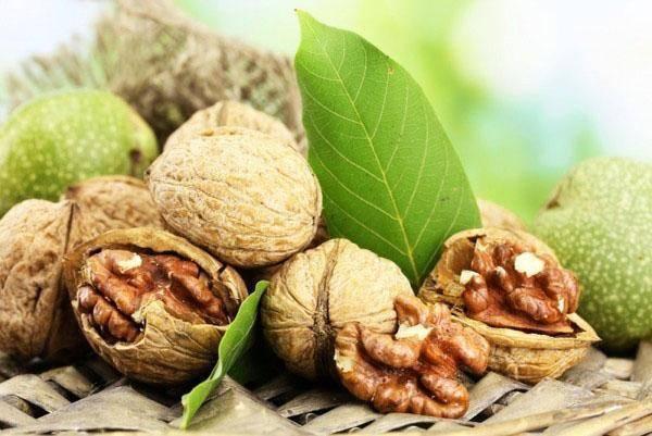 Проверка росконтроля: в каких магазинах продают грецкие орехи с плесенью