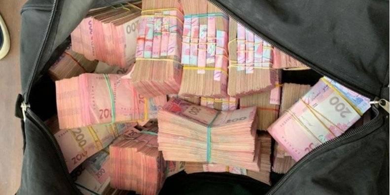 Сколько пенсионеров содержит каждый украинец: почему так плохо и кто получает 50 тыс. грн | новости бухгалтер 911