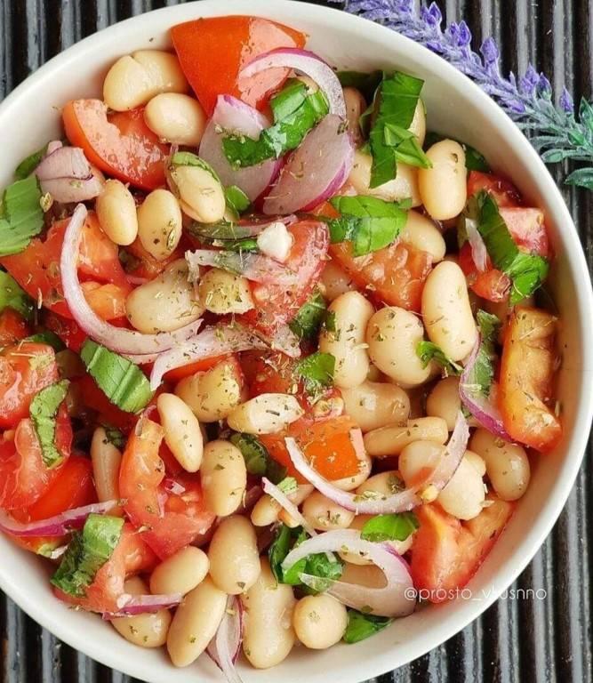 "Салат с помидорами ""завтрак туриста""   заготовки (усадьба)"
