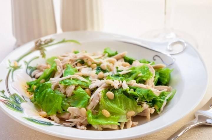 Салат с кедровыми орехами — лучшие кулинарные рецепты. как правильно и вкусно приготовить салат с кедровыми орехами.