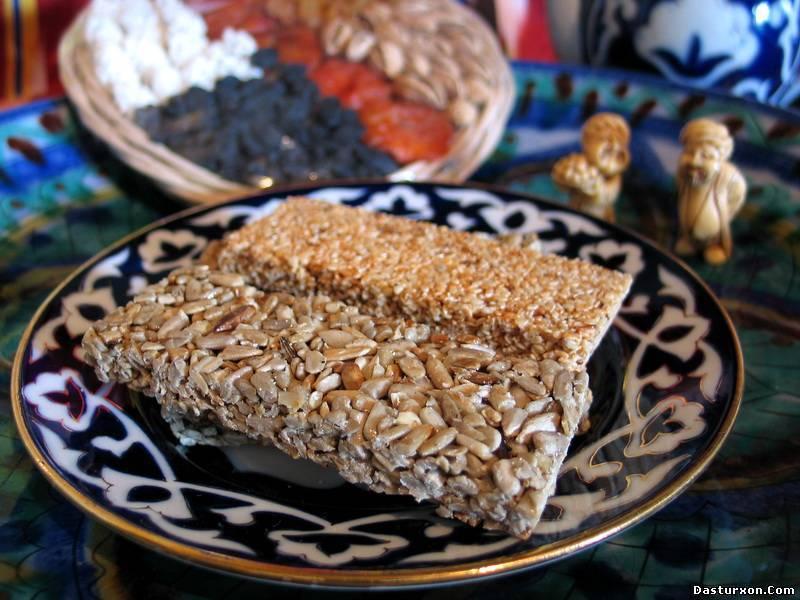 Козинаки: польза и калорийность орехов и семечек