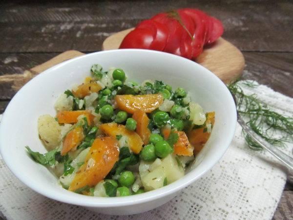 Запеканка с цветной капустой, морковью, стручковой фасолью и зеленым горошком «по-адрианочелентановски». рагу и запеканки