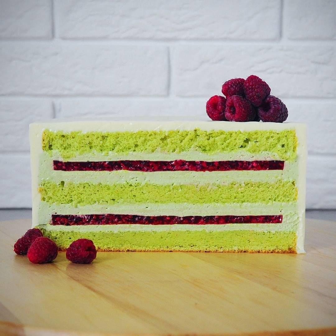 Фисташковый торт с малиной рецепт с фото пошагово и видео - 1000.menu