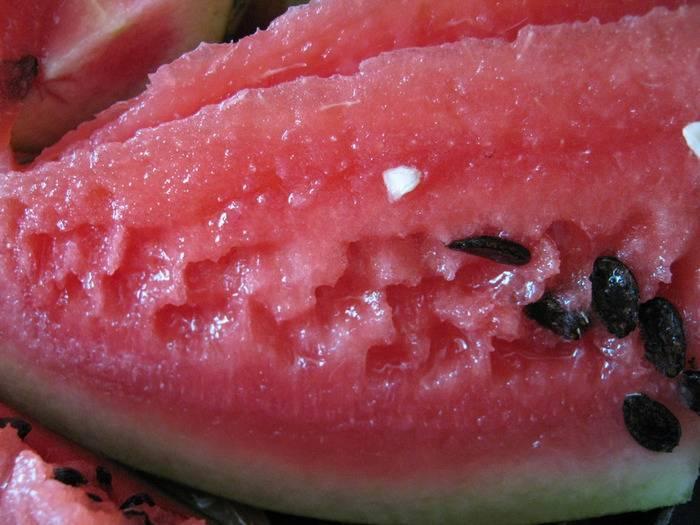 Арбузы в бочке на зиму — пошаговые рецепты приготовления с фото