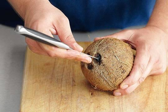 Кокосовая паста: польза и вред для организма, состав, калорийность, как принимать женщинам при беременности, грудном вскармливании