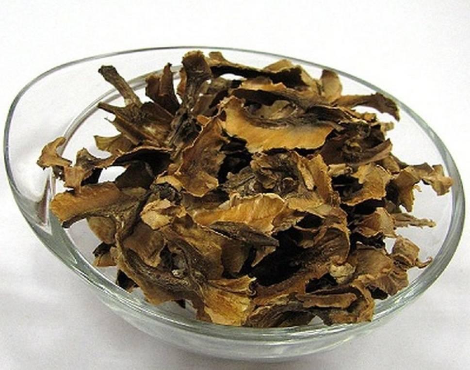 Перегородка грецкого ореха: польза и вред, рецепты для здоровья и красоты