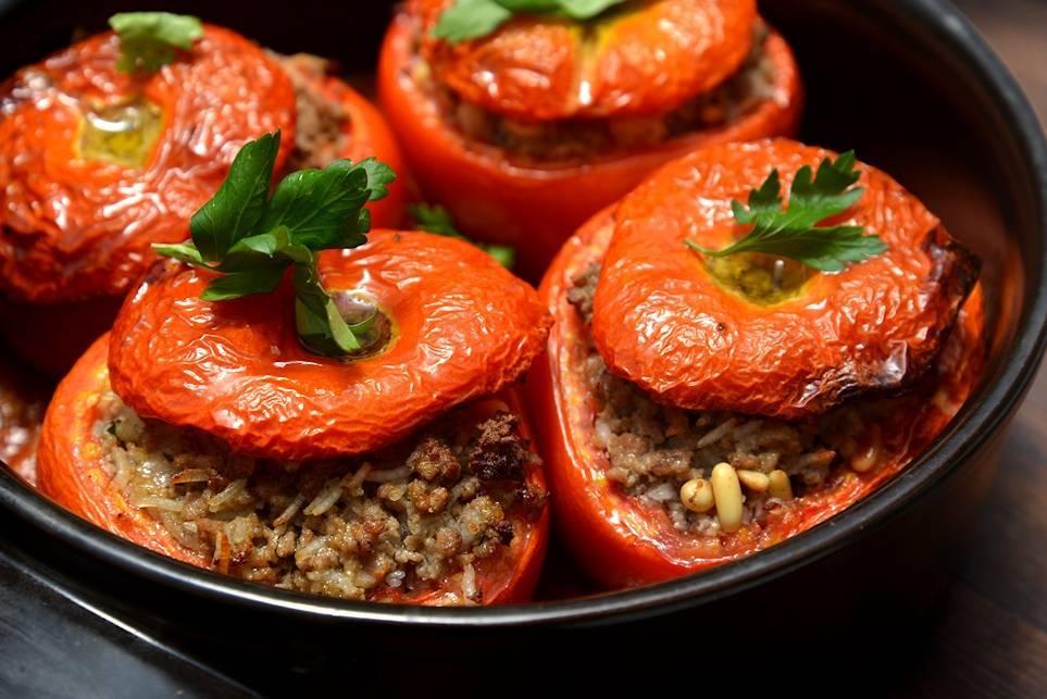 Фаршированные помидоры — 19 домашних вкусных рецептов приготовления