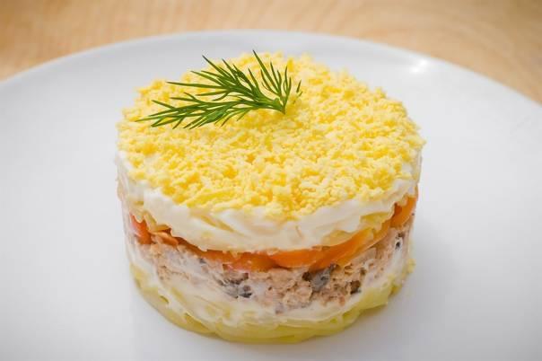 Салат мимоза с рыбными консервами классический – 10 рецептов с пошаговыми фото