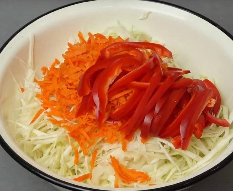 Вкусная квашеная капуста с болгарским перцем: рецепты на зиму