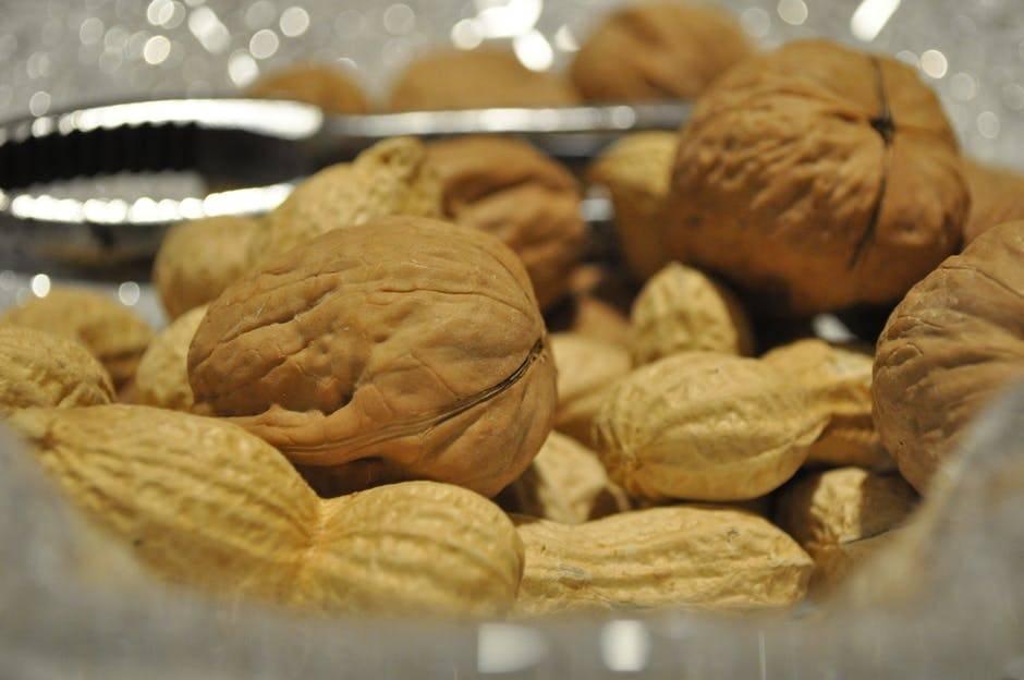 Орехи при похудении: какие едят, можно ли их, сколько в день, на ночь, полезные орехи при диете | xn--90acxpqg.xn--p1ai