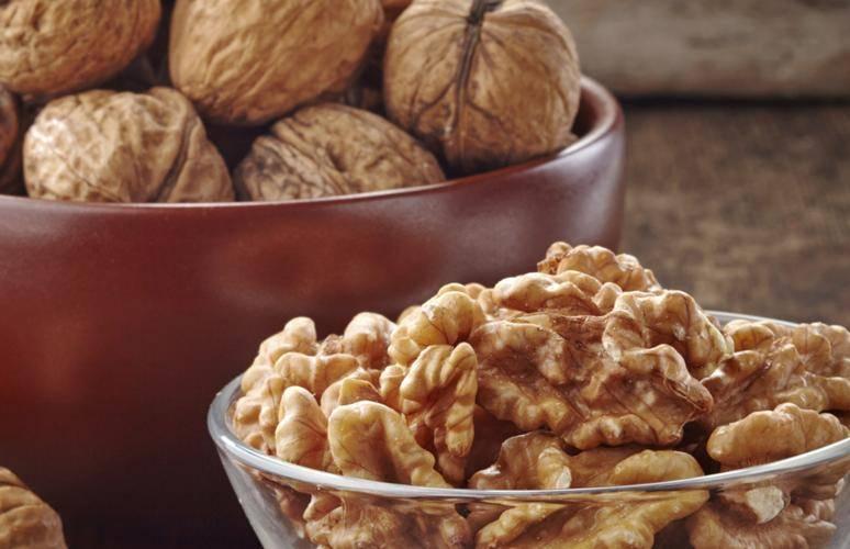 10 самых полезных орехов для мужской потенции, рецепты с медом