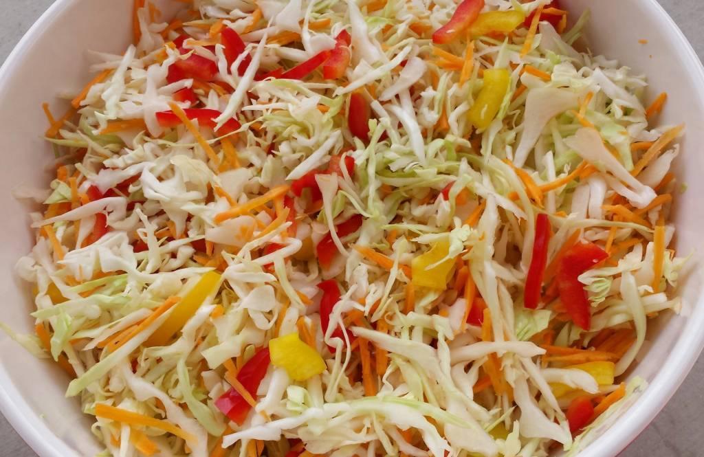 Салат «кубанский» на зиму — 6 пошаговых рецептов