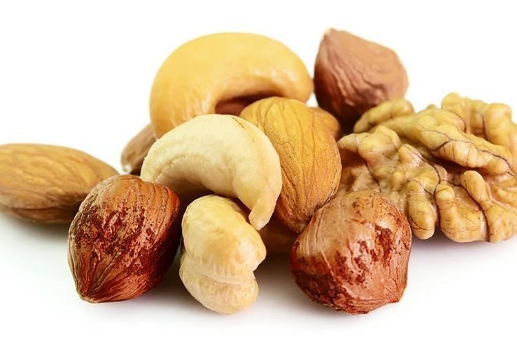 Аллергия на грецкие орехи: причины и симптомы заболевания, диагностика и способы лечения