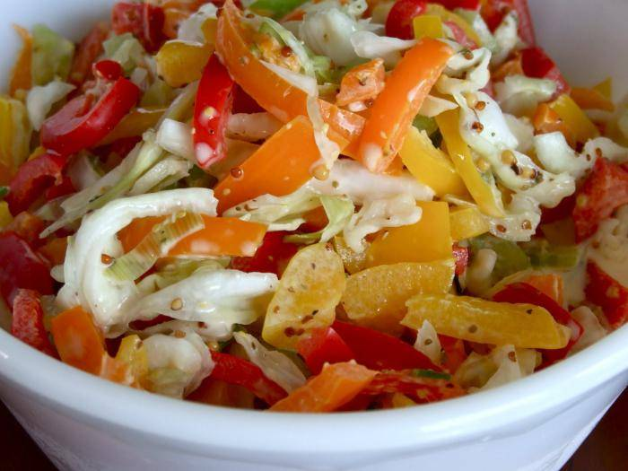 Салат из капусты с болгарским перцем - блюдо вне сезона: рецепт с фото и видео