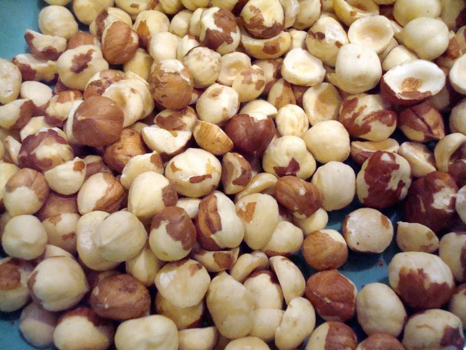 Как быстро очистить арахис от шелухи: несколько полезных советов от опытных кулинаров