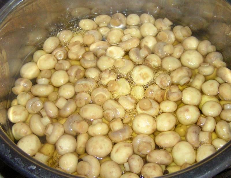 Маринованные шампиньоны (4 рецепта маринования)