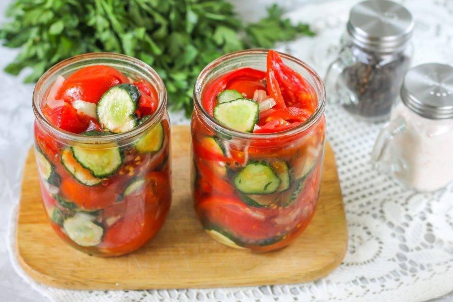 Ассорти из помидор огурцов и кабачков на зиму самый вкусный рецепт