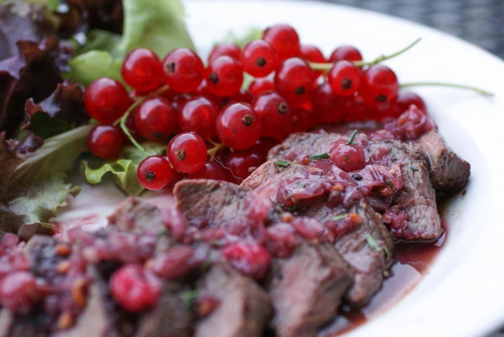 4 способа заморозки красной смородины на зиму в домашних условиях