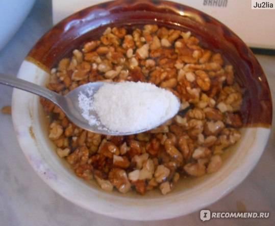Фундук: как правильно есть, сколько замачивать, почему горчит, что делать с горьким, можно ли употреблять сырым, что будет, если скушать много, и отравление орехом