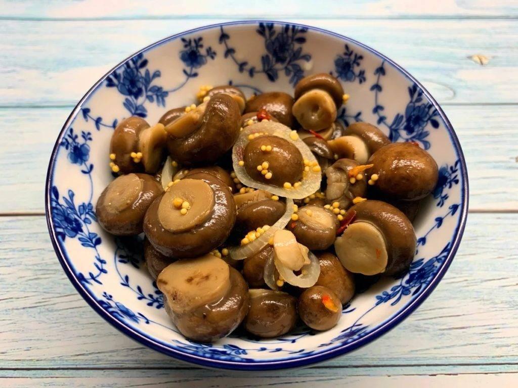Лучшие маринады для грибов – рецепты самых вкусных грибов маринованных на зиму с фото