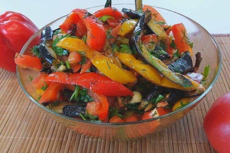 Салат из перцев и помидоров - 2446 рецептов: салаты   foodini