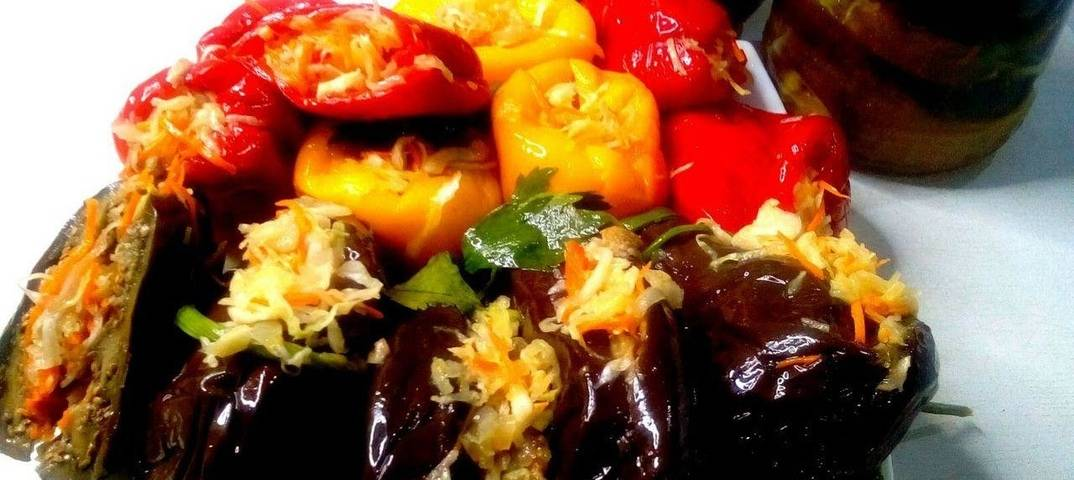 Квашенные баклажаны, фаршированные морковью, зеленью и чесноком - самые вкусные рецепты