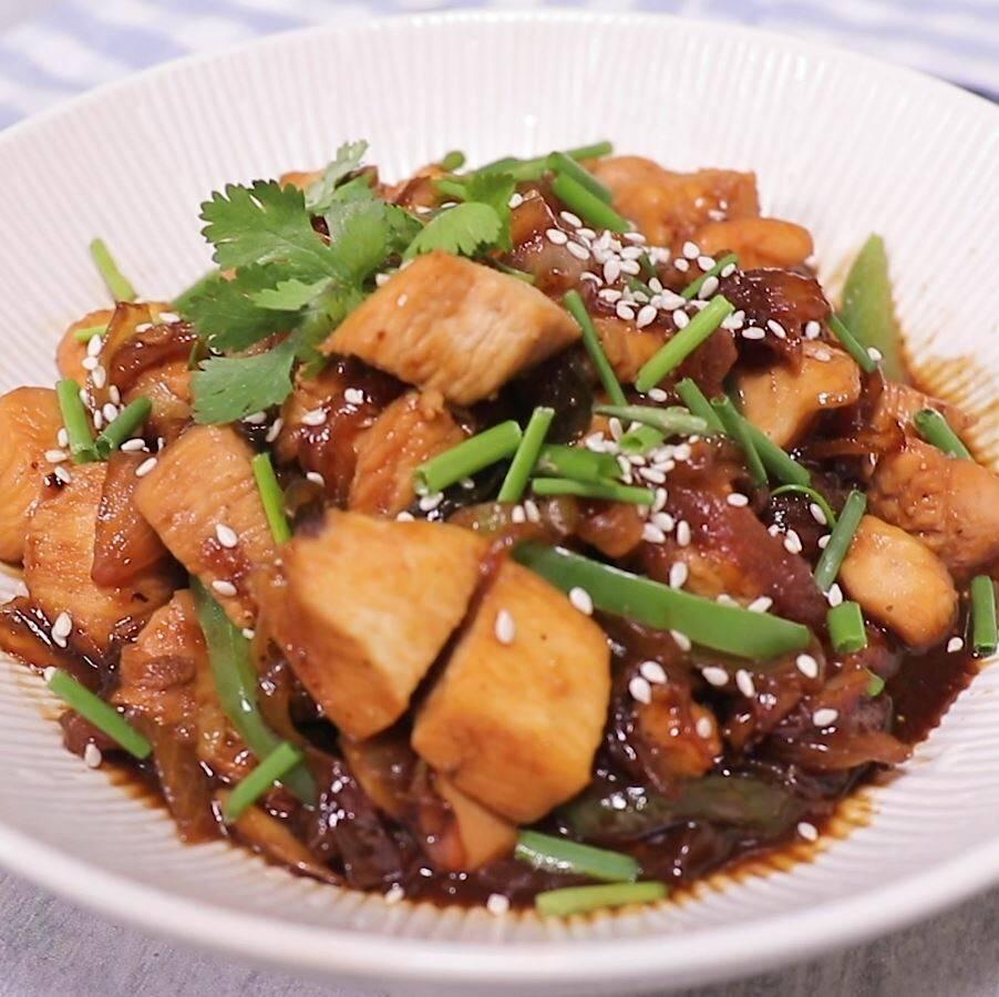 Курица с арахисом в соусе терияки – кулинарный рецепт