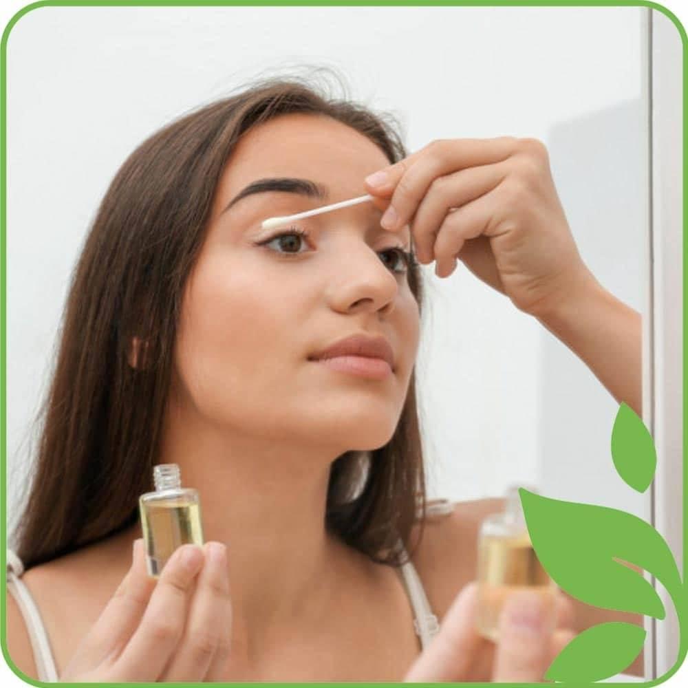 Всё о пользе миндального масла и его применении в косметологии для роста и укрепления бровей и ресниц