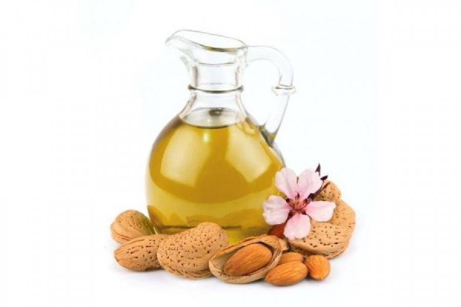 Миндальное масло: польза и вред, свойства, применение, отзывы