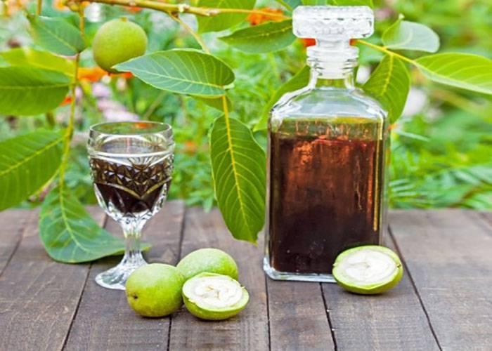 Домашний рецепт кедровой настойки на водке (самогоне, спирте)