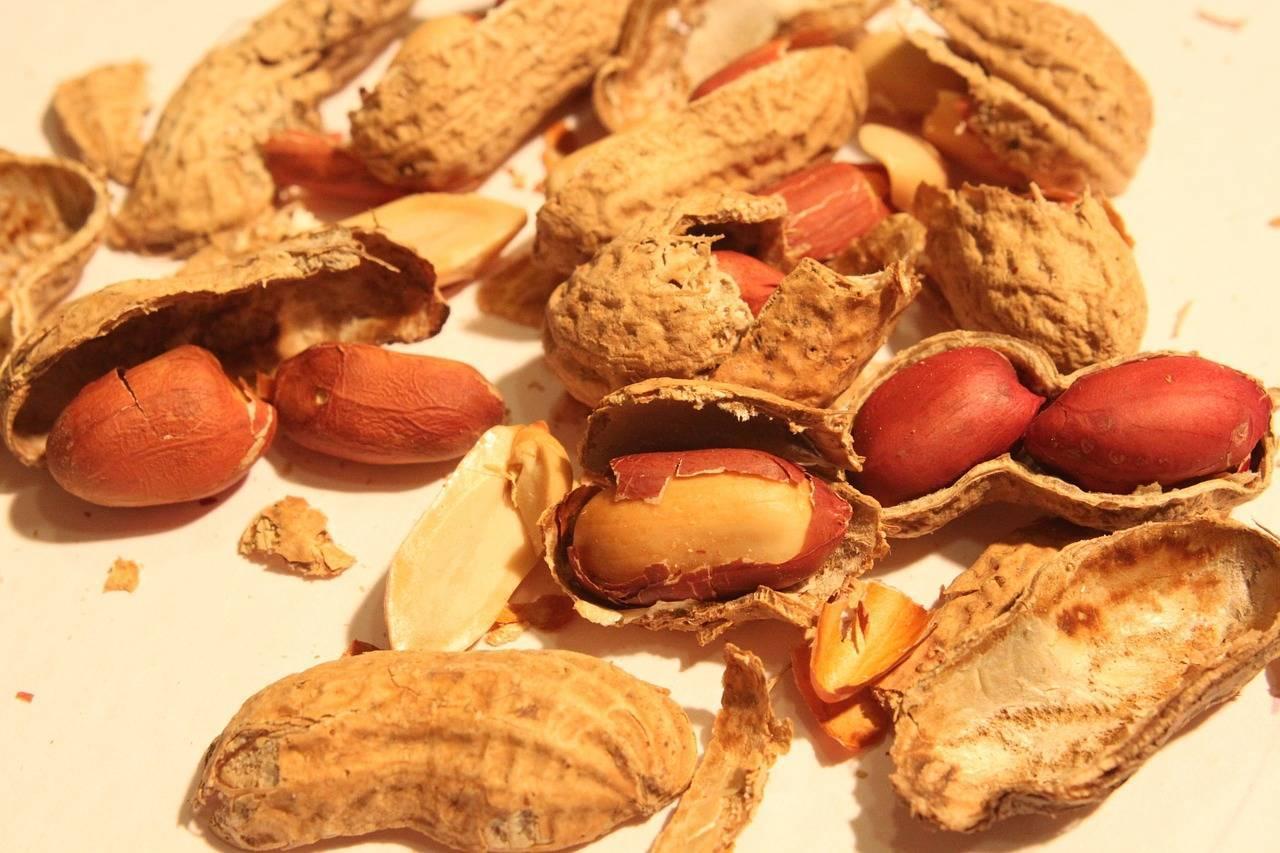 Как пожарить вкусный арахис на сковороде
