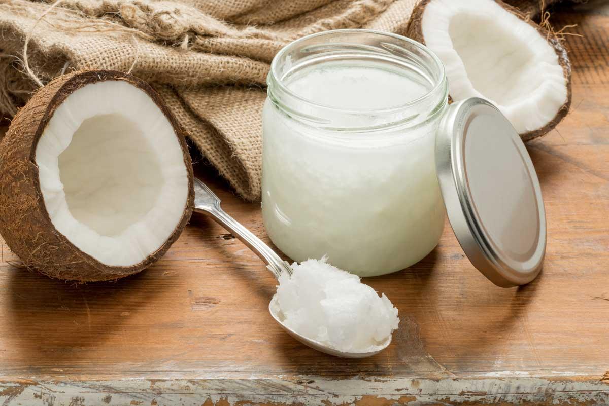 Как в домашних условиях открыть кокос, чем можно разбить, сломать, разрезать орех, как правильно его расколоть без молотка, как просто и легко разделать и почистить?