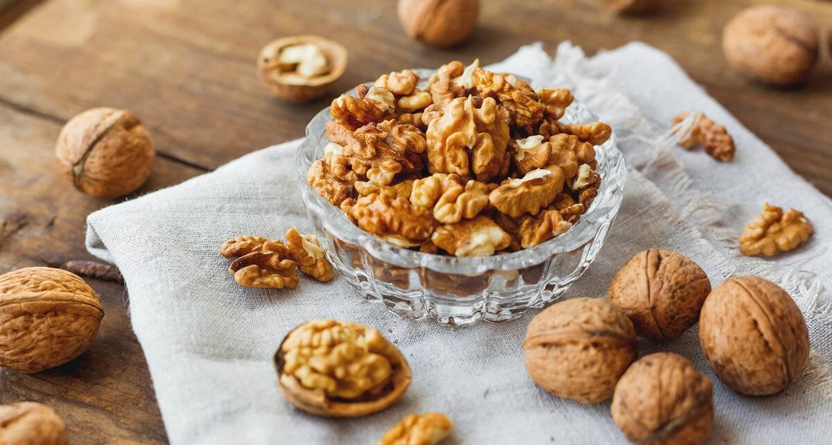 Почему горчат грецкие орехи: причины, как убрать горечь