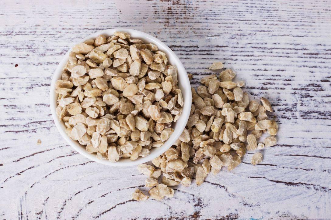 Мука из кедрового ореха применение. состав кедровой скорлупы | здоровье человека
