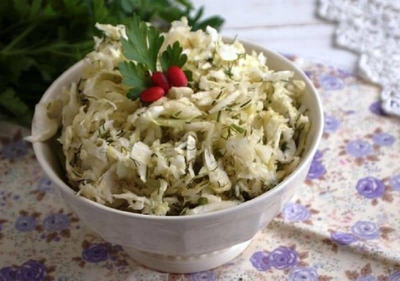 Как вкусно приготовить квашеную капусту с хреном