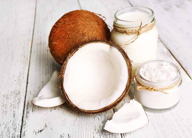 Кокосовое масло для лица: применение, польза, вред, отзывы косметологов, как использовать