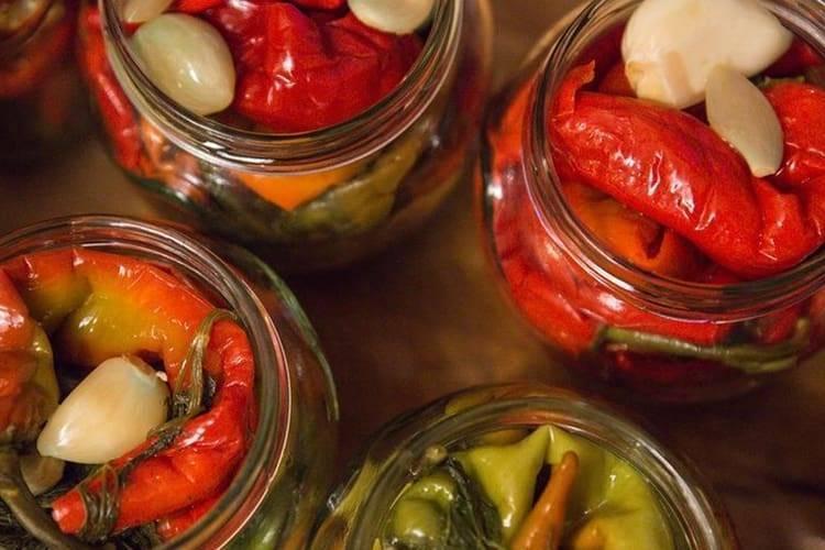 Горький перец на зиму – как мариновать острый перец [12 рецептов]