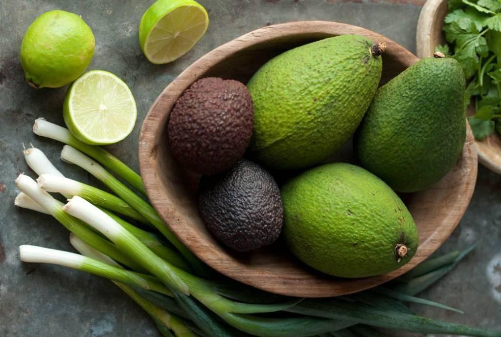 Косточка авокадо: применение и полезные свойства