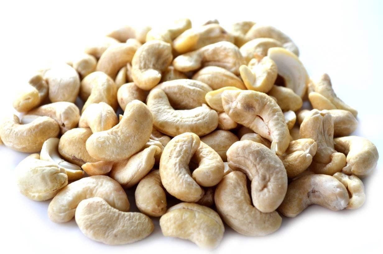 Орехи кешью при сахарном диабете 2 и 1 типов: можно ли есть, каковы польза, вред и противопоказания, как правильно употреблять?