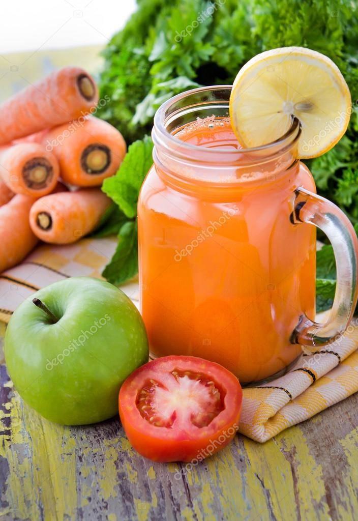 Кабачки в яблочном соке с морковью. консервирование. овощи