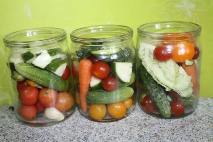Ассорти из овощей на зиму: 3 супер-рецепта быстрого приготовления