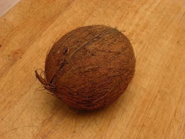 Экзотический орех — кокос! каким образом открыть в домашних условиях, как извлечь мякоть и молоко и употреблять?