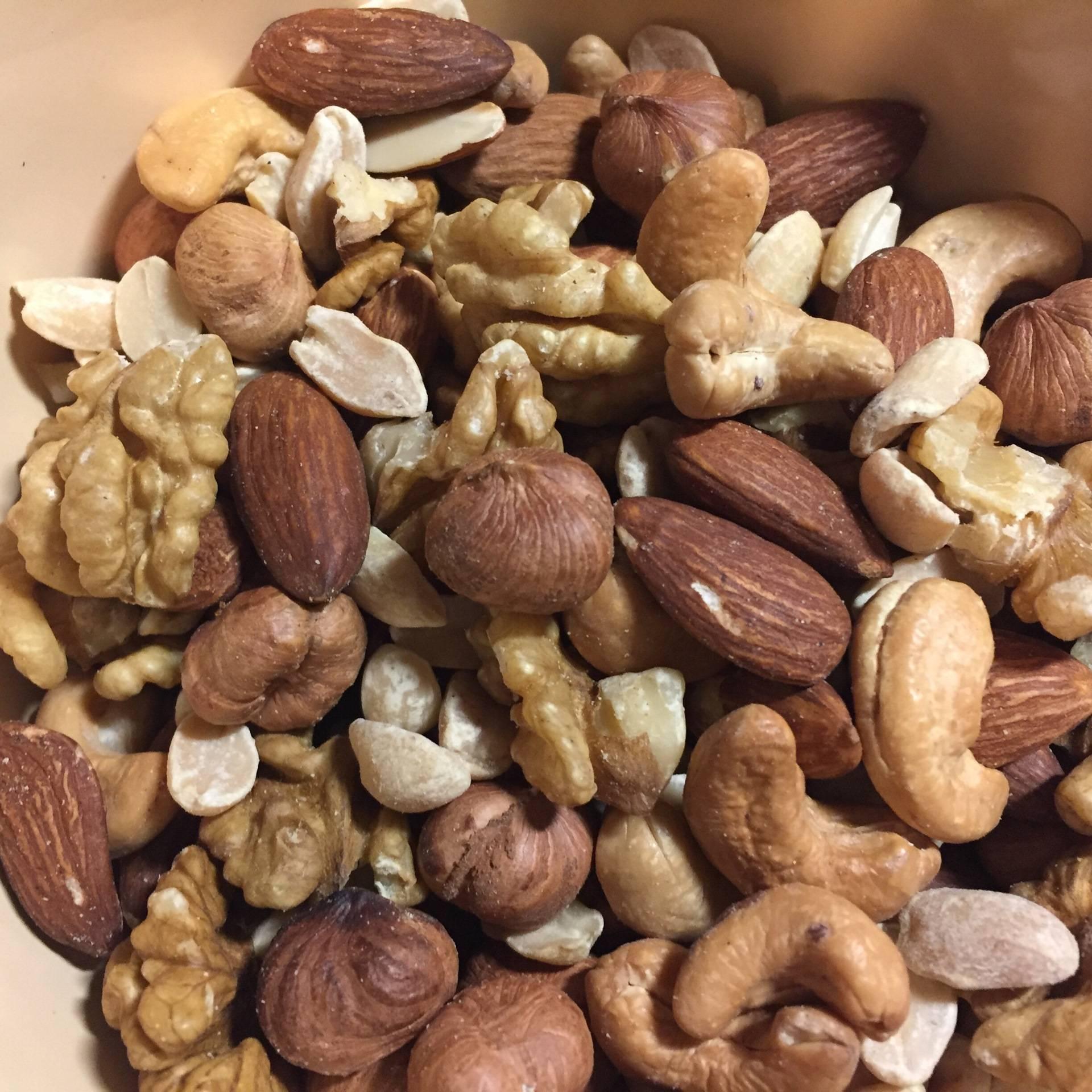 С какого возраста можно давать орехи?