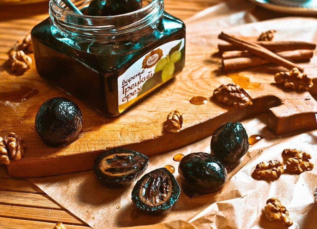 Варенье из грецких орехов: польза и вред, противопоказания