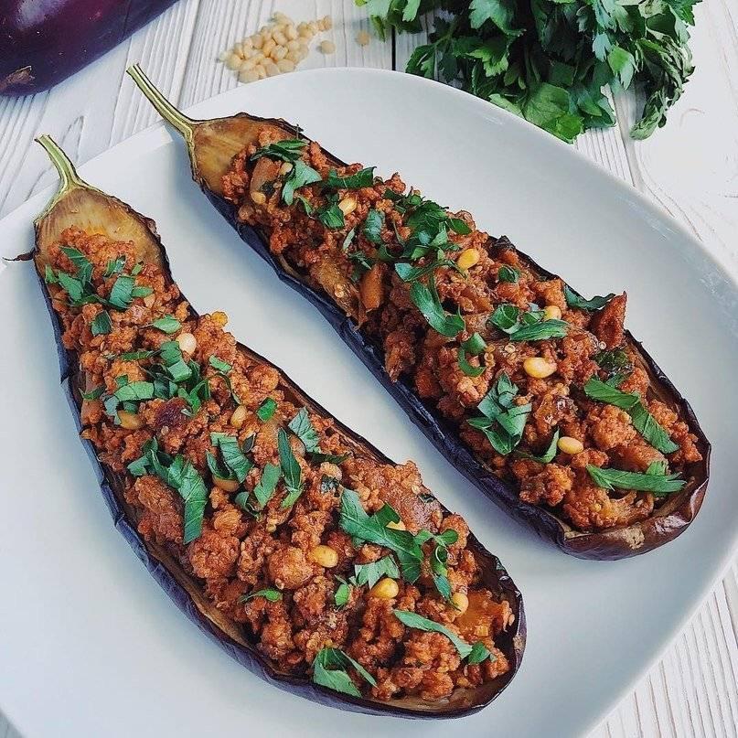 Блюда из фарша и баклажанов: 12 проверенных рецептов