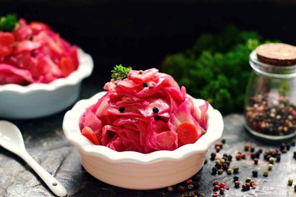 Хрустящая, вкусная и красивая — маринованная капуста со свеклой. пошаговые рецепты