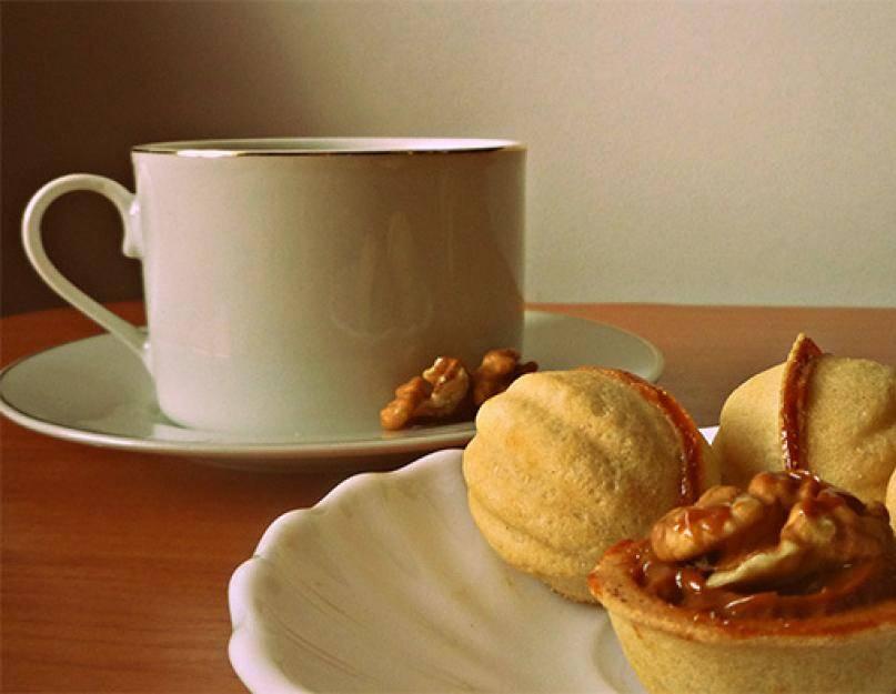 Как приготовить орешки со сгущенкой: классический рецепт