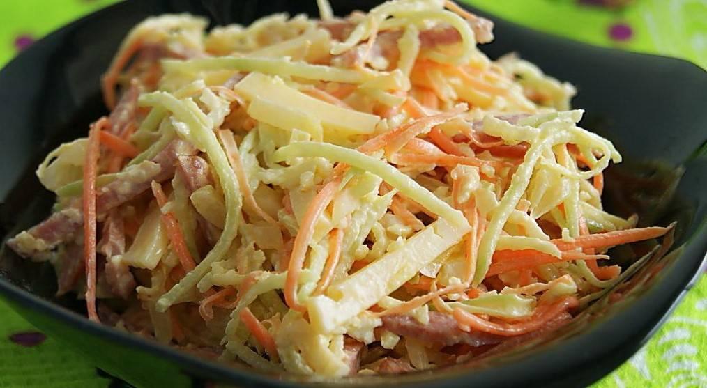 Салат из черной редьки с морковью и зеленым луком
